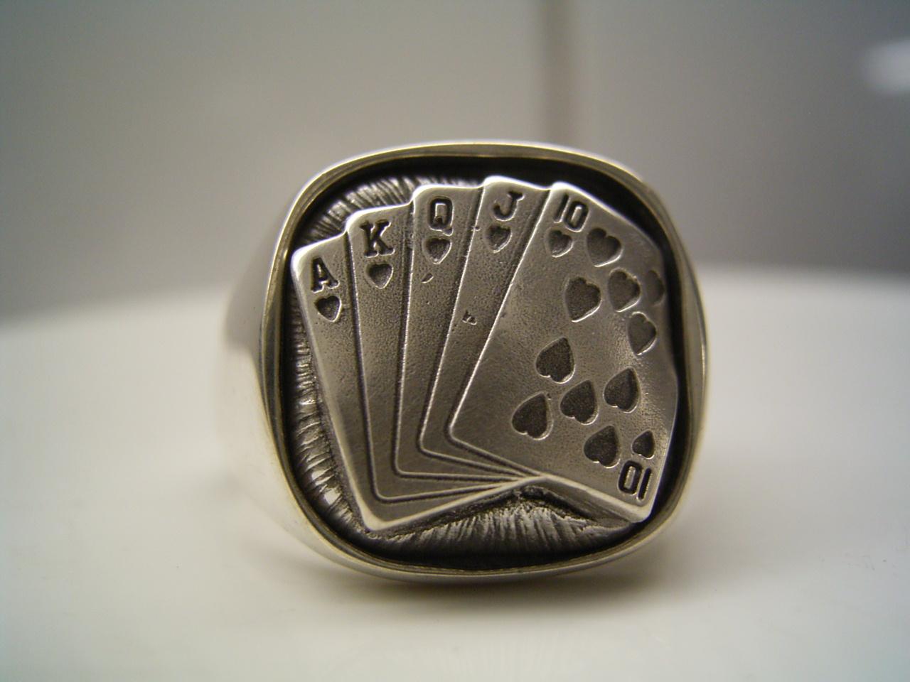Poker Ring